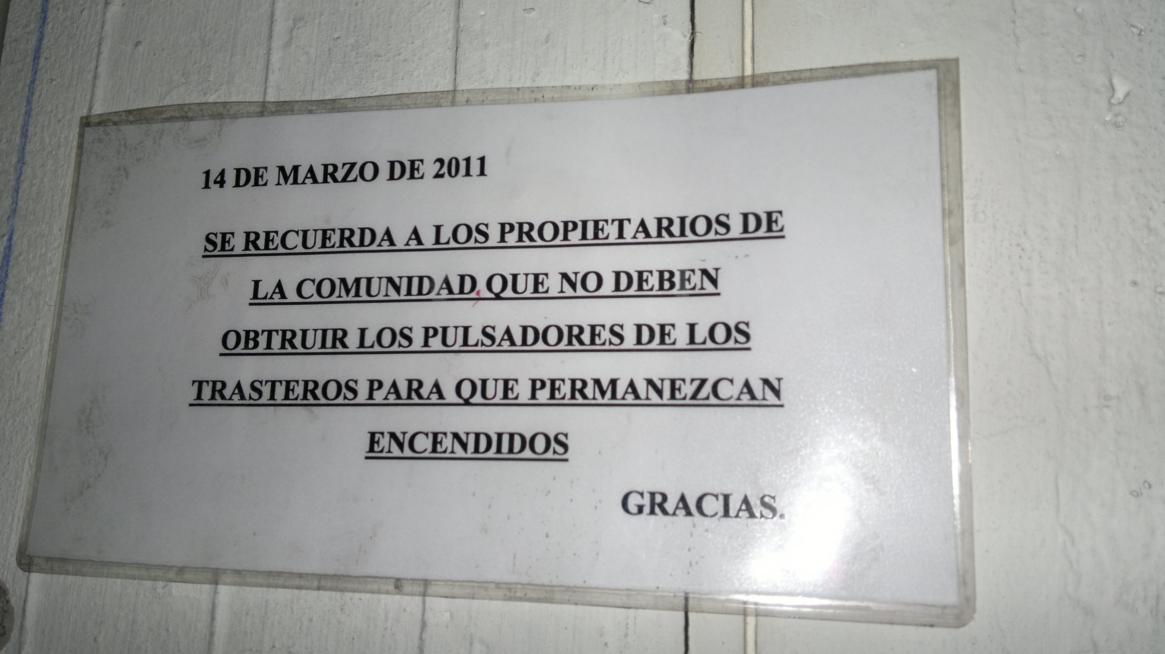 Deber 237 A Estar Prohibido Fijar Carteles El Carpintero